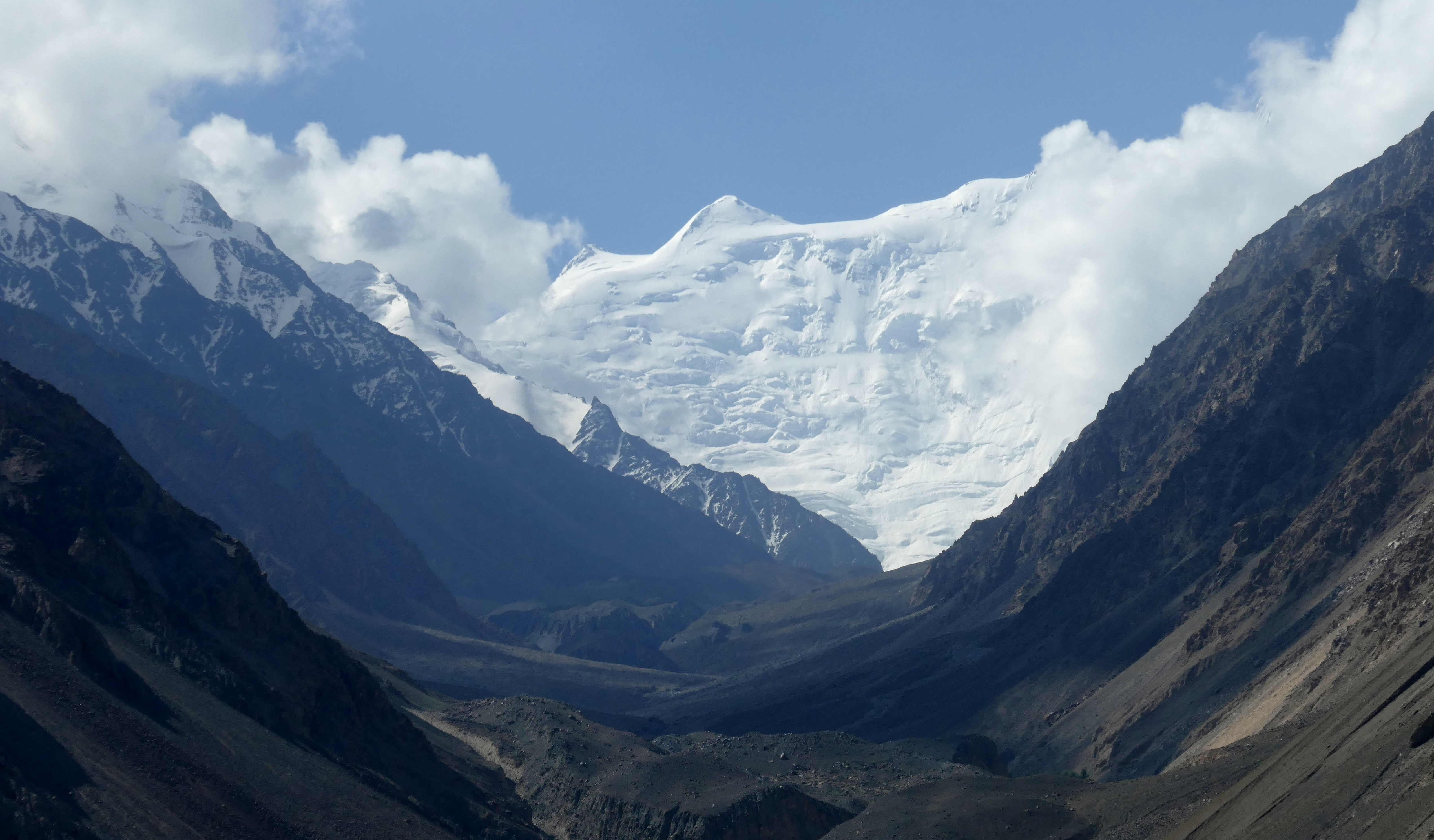 Three Countries In One Picture: I Took It In Tajikistan, Across The Border  Into The Wakhan Corridor. The Hindukush Range U2013 In The Picture U2013 Marks The  Border ...